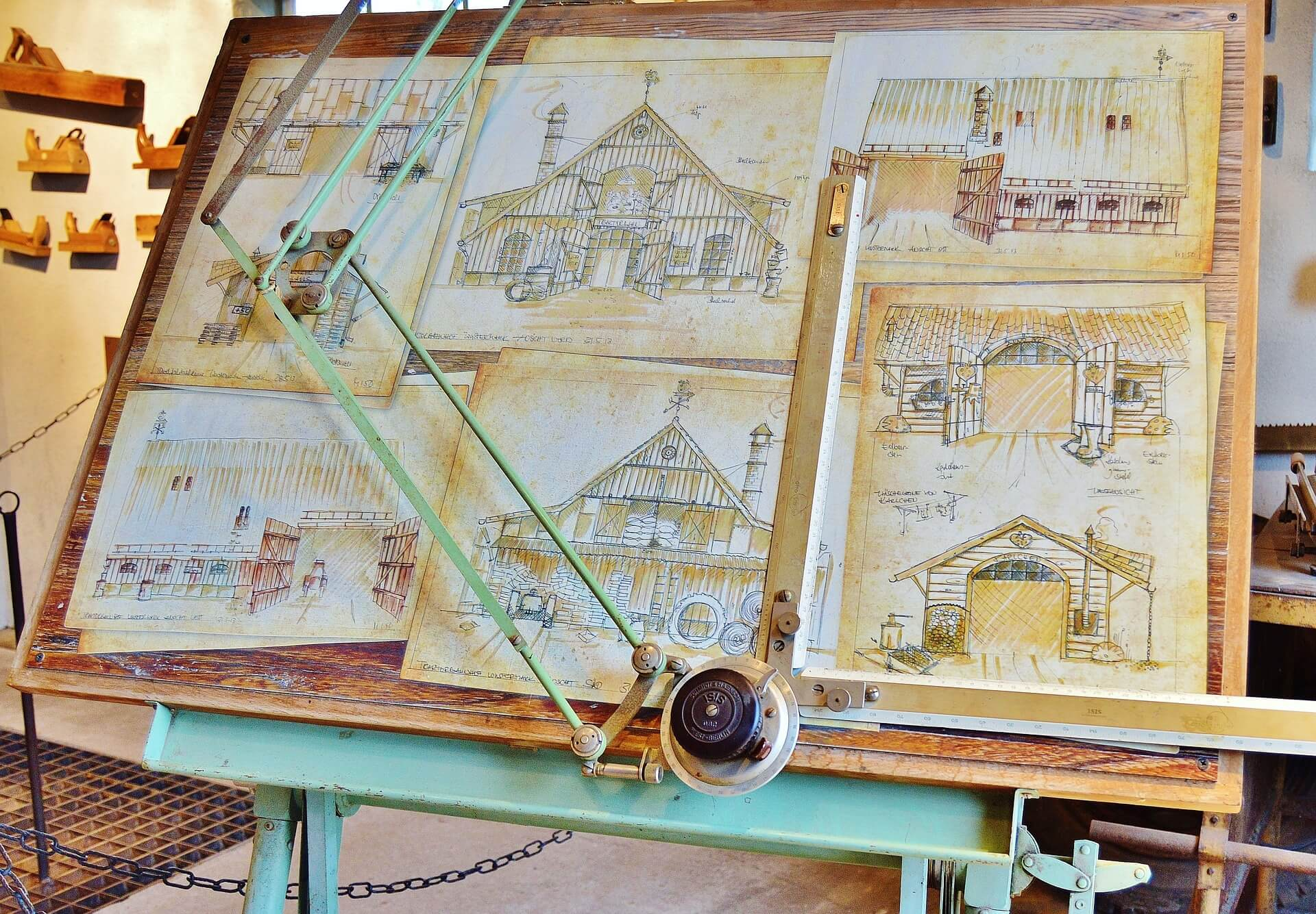 drawing-board-670027_1920